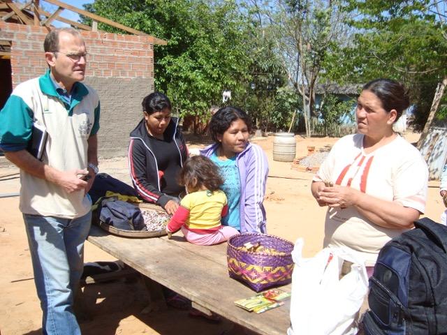 Projeto realiza atividades na aldeia da Estiva