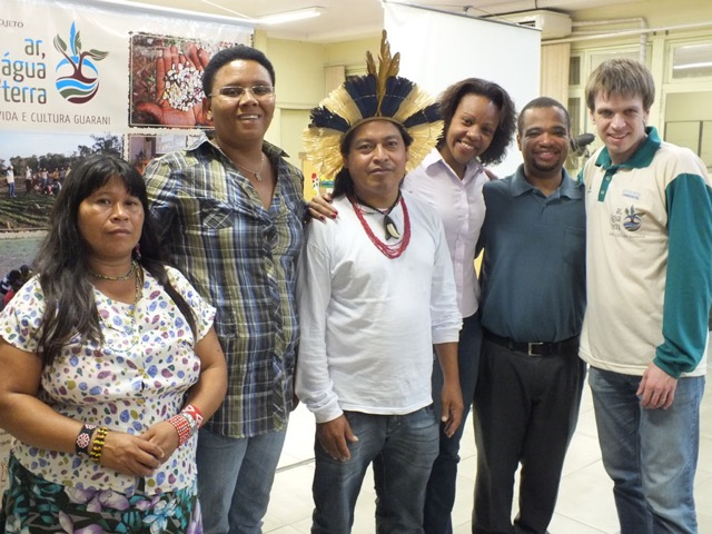 IECAM e guarani fazem palestra para professores da rede pública