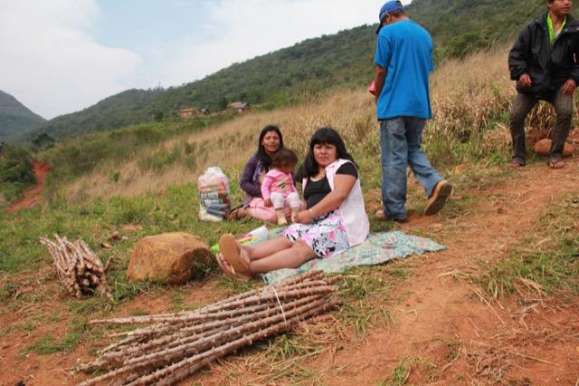 Aldeias se preparam para produção agrícola de 2012