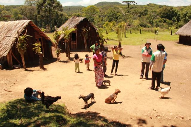 Índios Guarani receberão visitantes em comemoração ao Dia do Índio